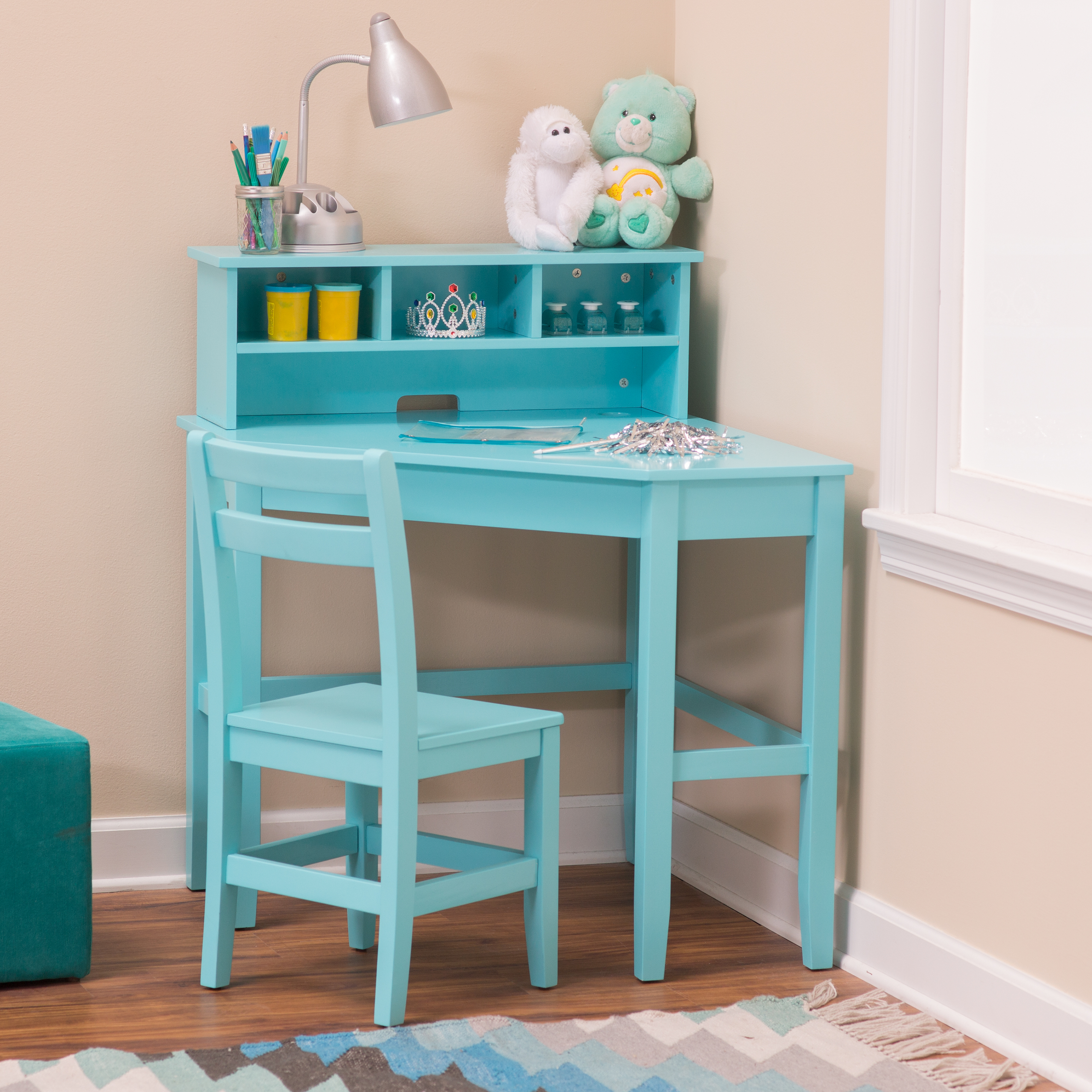 Classic Playtime Juvenile Corner Desk And Reversible Hutch