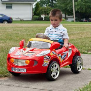 Lil Rider Battery Powered Sports Car with Remote - Crimson