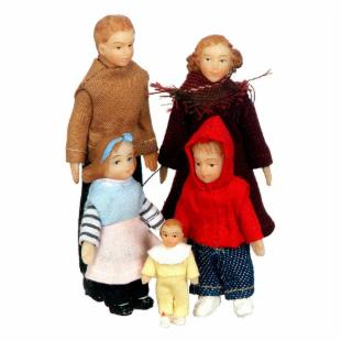 Town Square Miniatures Modern Vinyl Doll Family