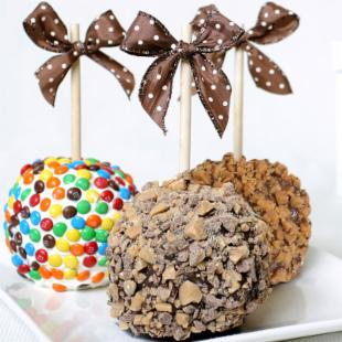 Golden Edibles 3 Candy Chocolate Caramel Apples