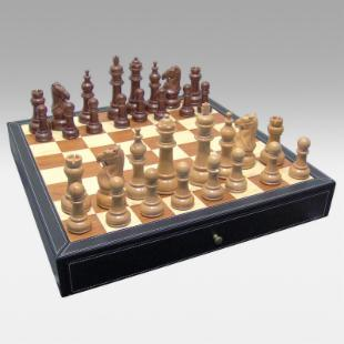 20 Inch Black Leatherette Chess Set - 5 Inch King