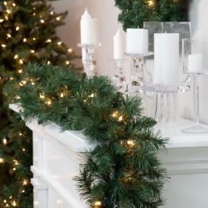 Classic Pine 9 ft. Pre-lit Garland