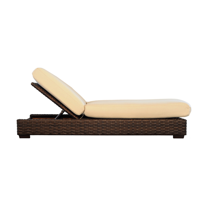 Lloyd flanders contempo all weather wicker pool chaise for All weather chaise lounge