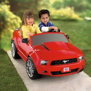 Fisher-Price Battery Powered Ford Mustang P5920