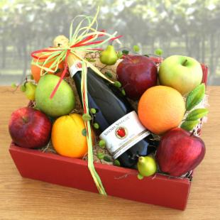 Organic Sparkler Apple Juice and Fruit Gift Box