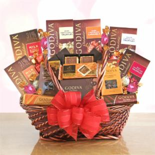 Grand Godiva Valentine Gift Basket