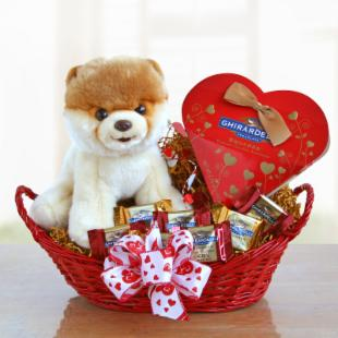 Boo&#39;s Valentine Gift Basket