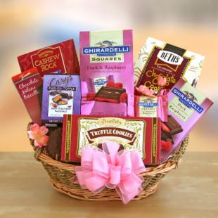 Valentine Chocolate Lover&#39;s Gift Basket