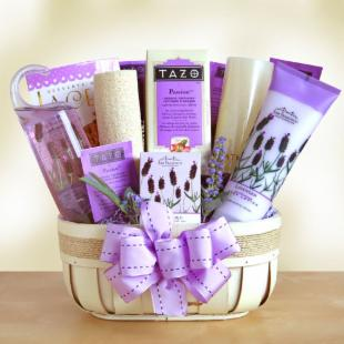 Fields of Lavender Deluxe Spa Gift Basket