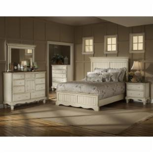 Wilshire Panel Platform Bed