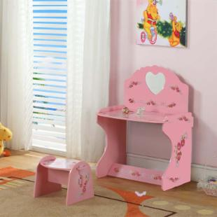 InRoom Designs Kids Desk with Stool