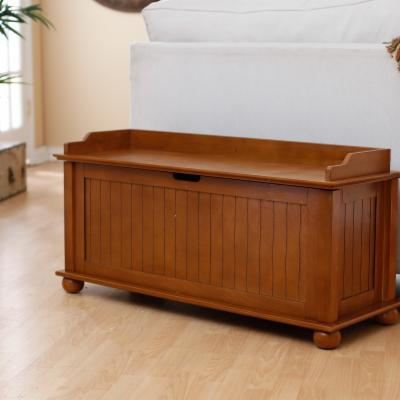 Morgan Traditional Flip Top Storage Bench - Pecan