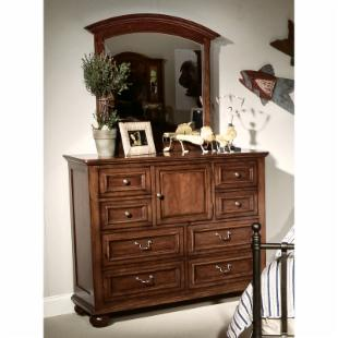 American Spirit 8-Drawer/1-Door Dresser