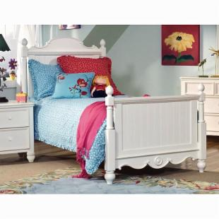 Summer Breeze Poster Bed
