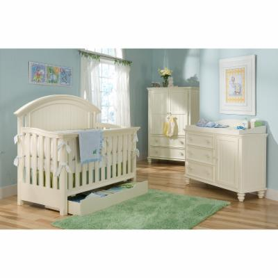 Legacy Classic Summer Breeze 4-in-1 Convertible Crib Collection