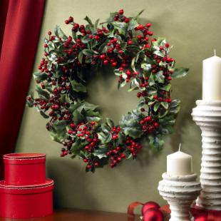 24 in. Holly Berry Wreath