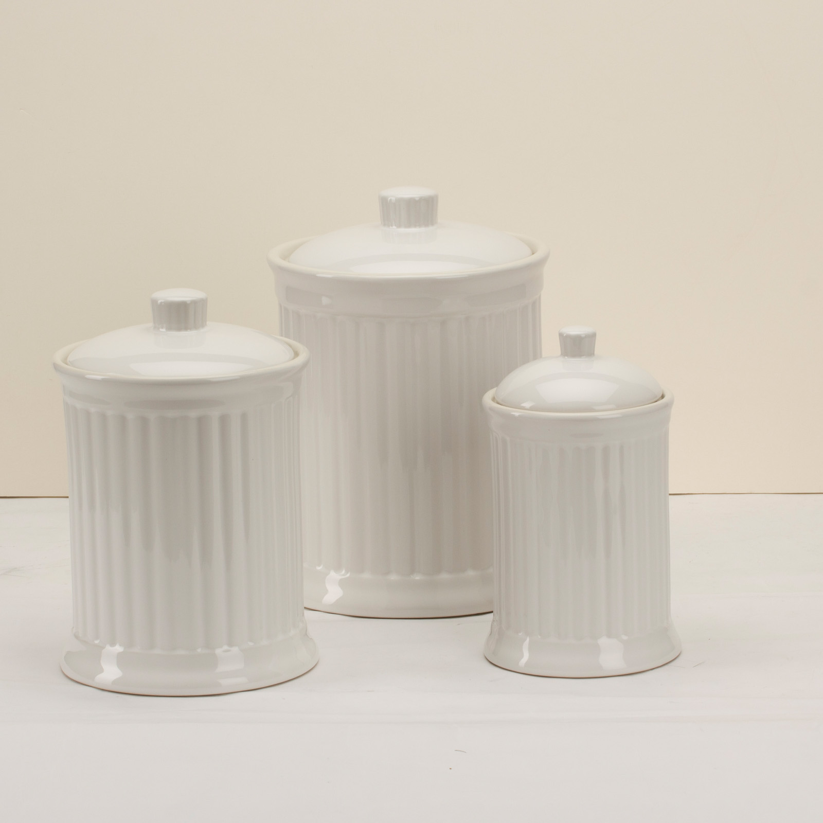 omni simsbury canisters set of 3 white at hayneedle