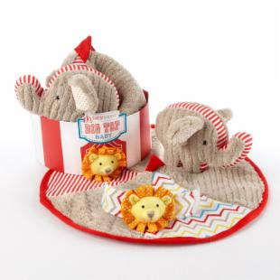 Baby Aspen Big Top Baby Three-Piece Baby Gift Set
