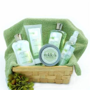 Deluxe Spa Day Gift Basket