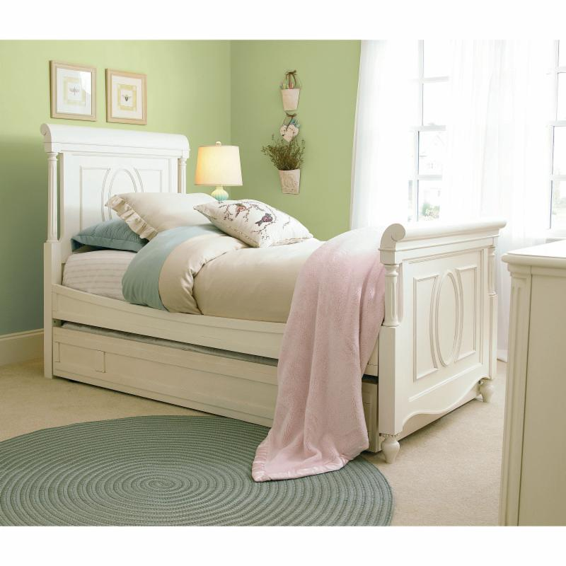 Choose Universal Furniture International Beds Recommended Item