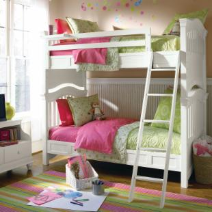 Classic 4.0 Summer White Twin over Twin Bunk Bed