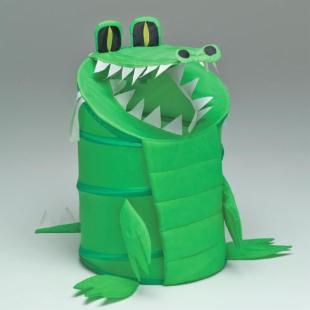 Alligator Laundry Hamper