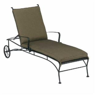 Woodard Bradford Adjustable Chaise Lounge with Cushion