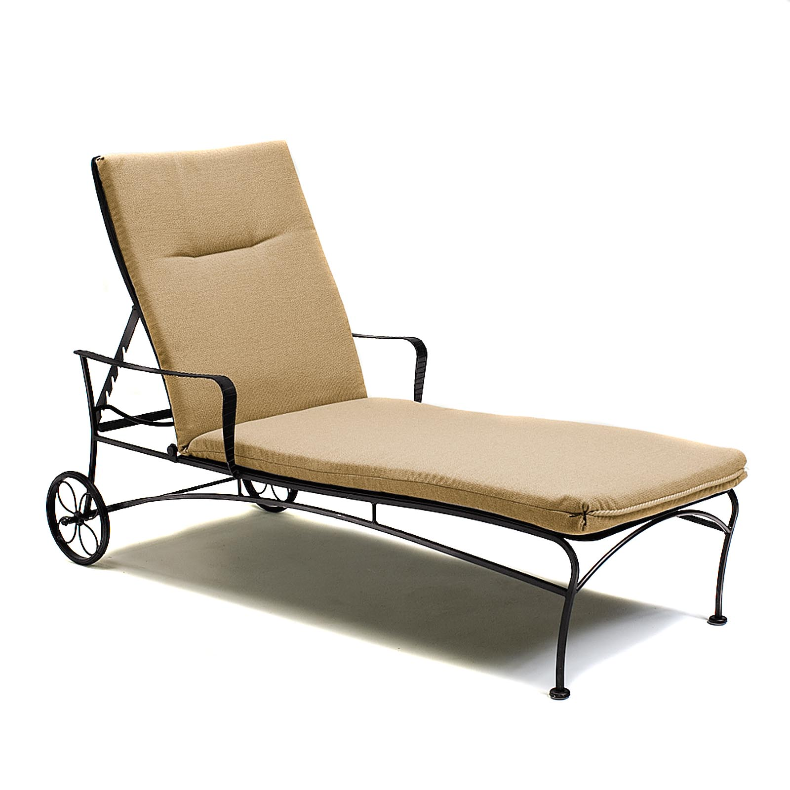 Beach pool furniture shop at for Beach chaise lounge folding