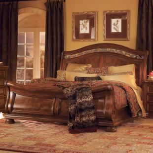 Granada Sleigh Bed Set
