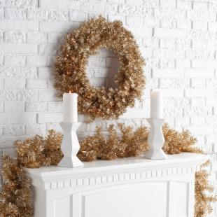 24 in. Classic Champagne Pre-lit Wreath