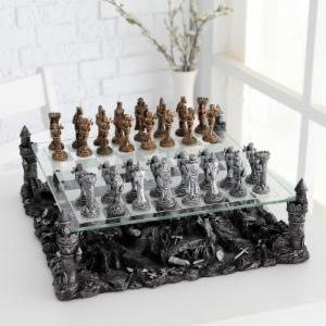 3D Knight Pewter Chess Set