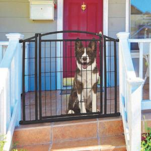 Carlson Pet Weatherproof Outdoor Walk-Thru Pet Gate