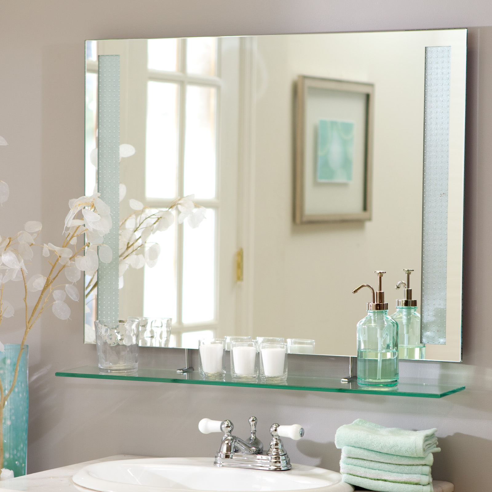 Décor Wonderland Frameless Rylee Wall Mirror - 31.5W x 23.5H in ...