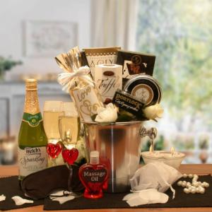 Romantic Evening for 2 Gourmet Gift Basket