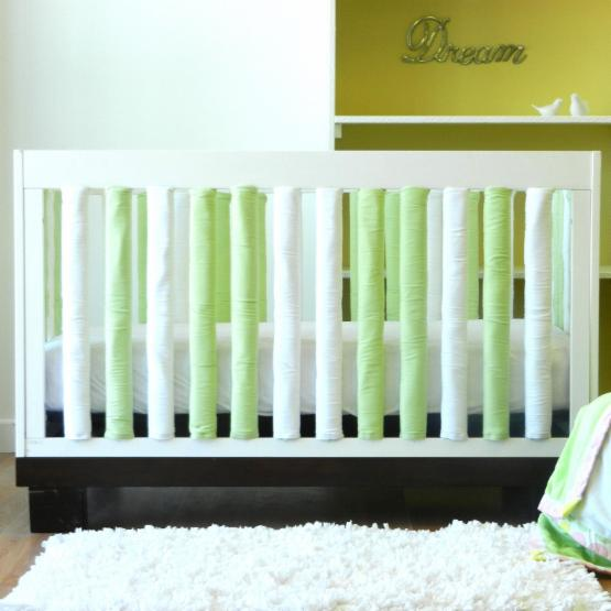 Go Mama Go Designs Wonder Bumpers - Green & White