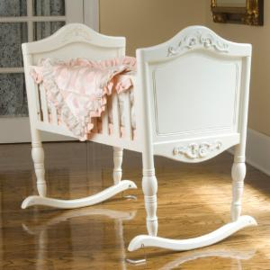 Green Frog Cradle - Antique White