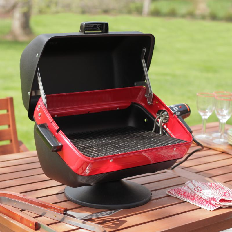 MECO Deluxe Tabletop Electric Grill - 9300