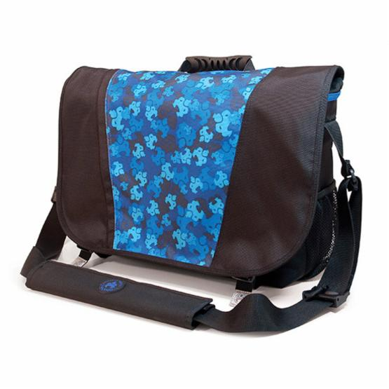 Sumo 16 Inch Messenger Bag - Black and Blue