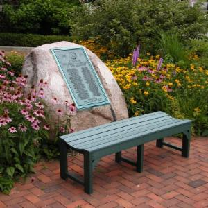 POLYWOOD® Traditional Recycled Plastic Backless Garden Bench