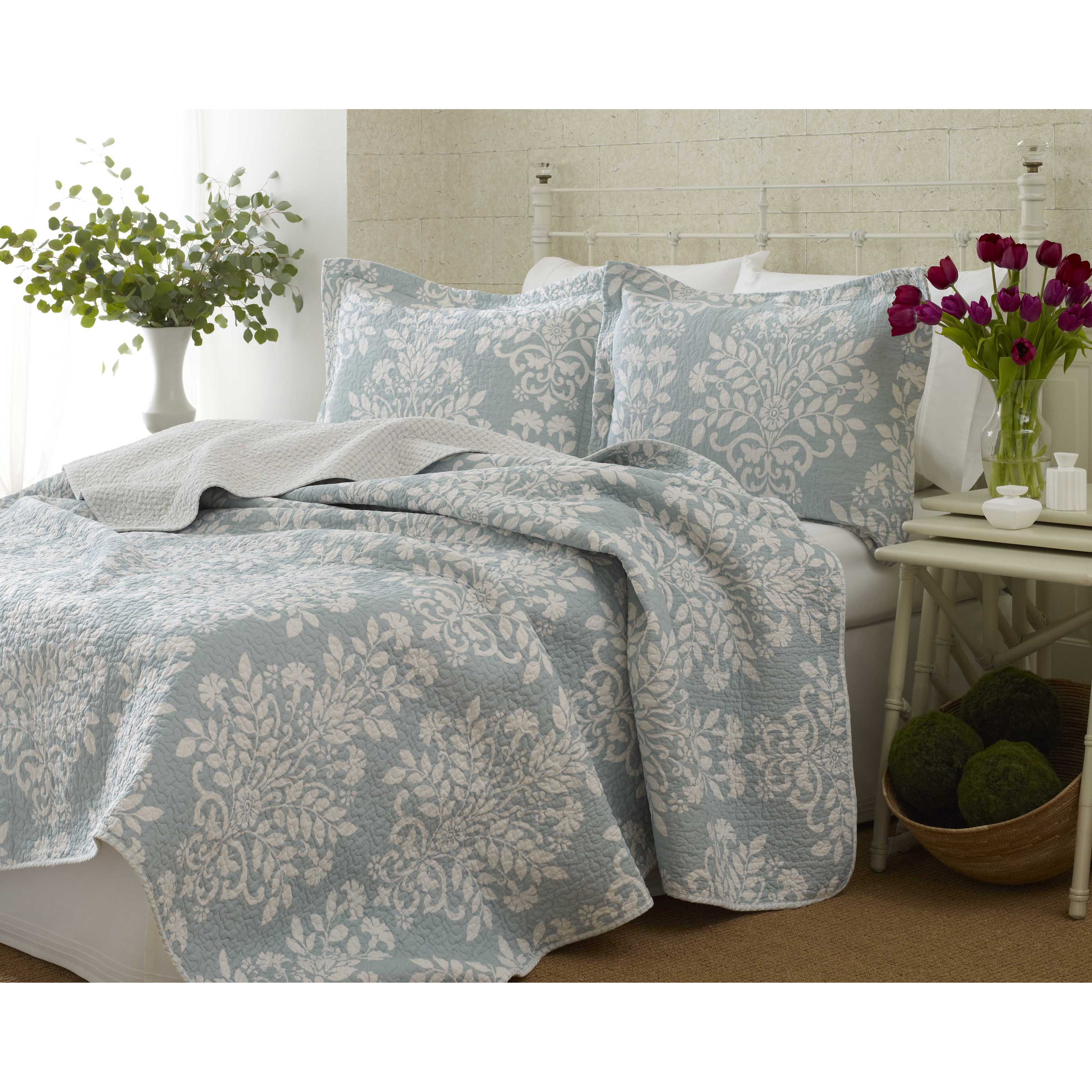 Laura Ashley Rowland Reversible Quilt Set
