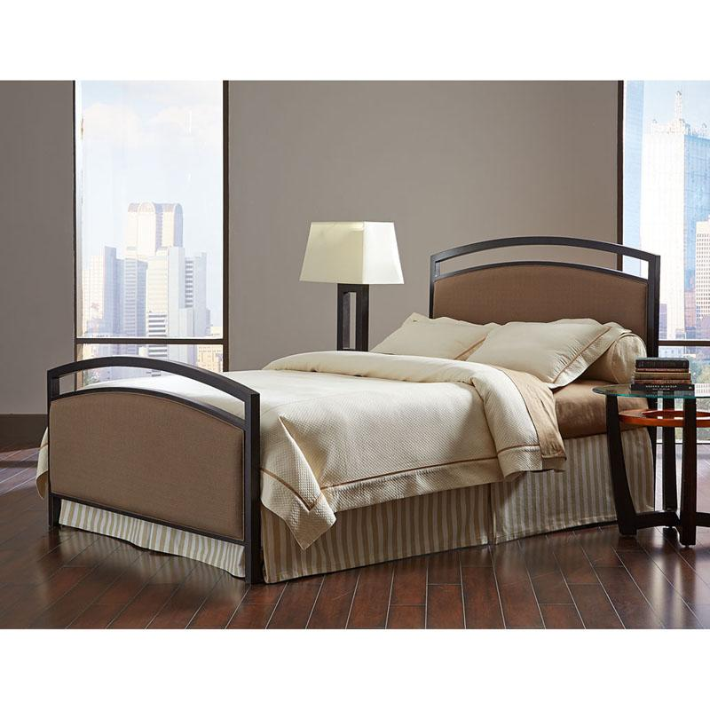 Fashion Bed Group Gibson Panel Bed - B71615