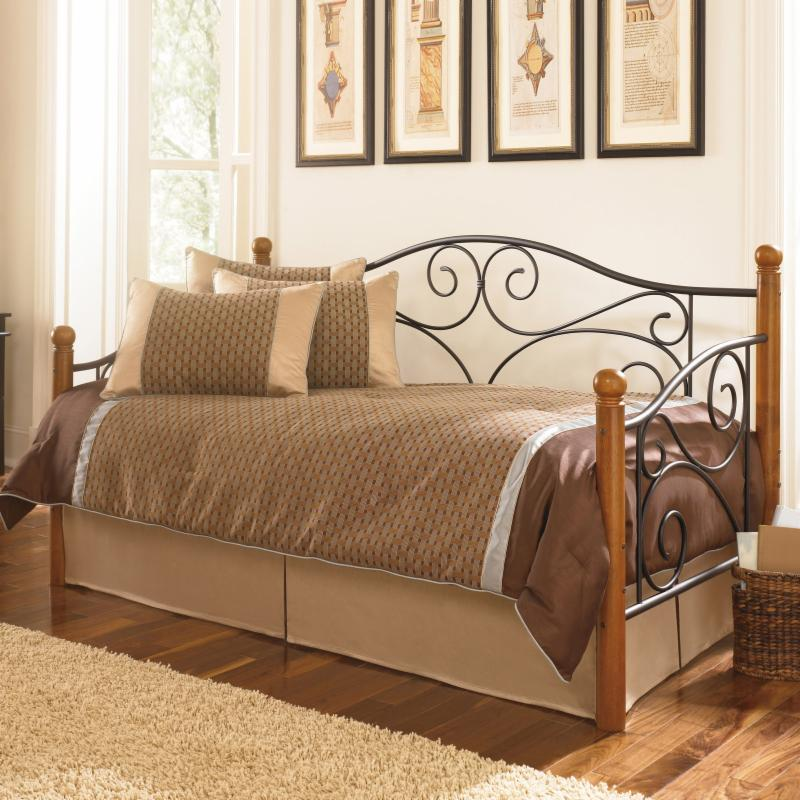 Fashion Bed Group Doral Complete Daybed - B50337